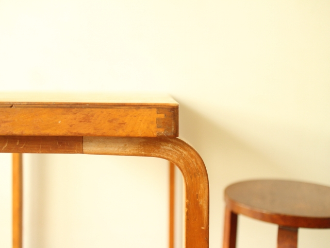 Artek-Table-Finmar30s07.jpg