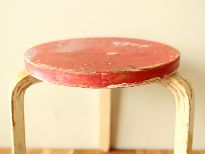 Artek-stool60-50sRepaint-RB02.jpg