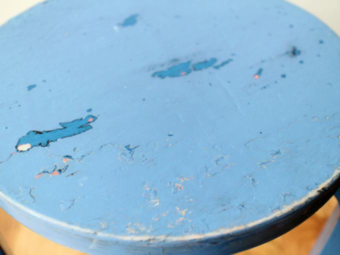 Artek-stool60-30sRepaint-Finmar05.jpg