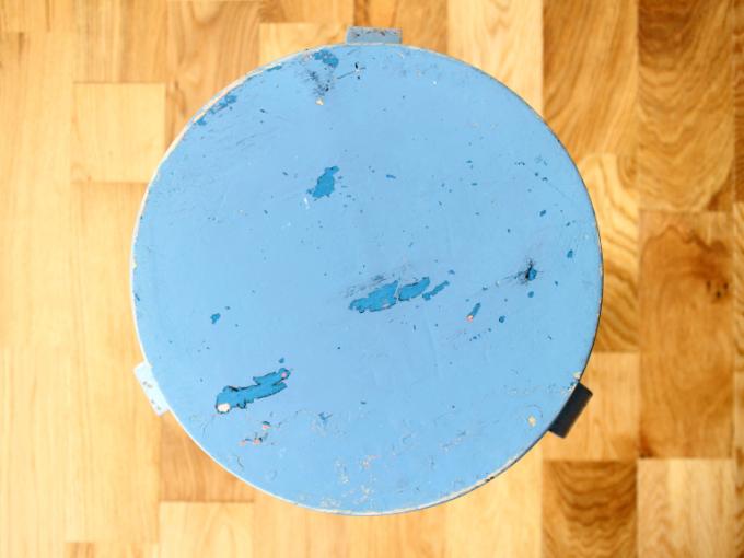 Artek-stool60-30sRepaint-Finmar08.jpg