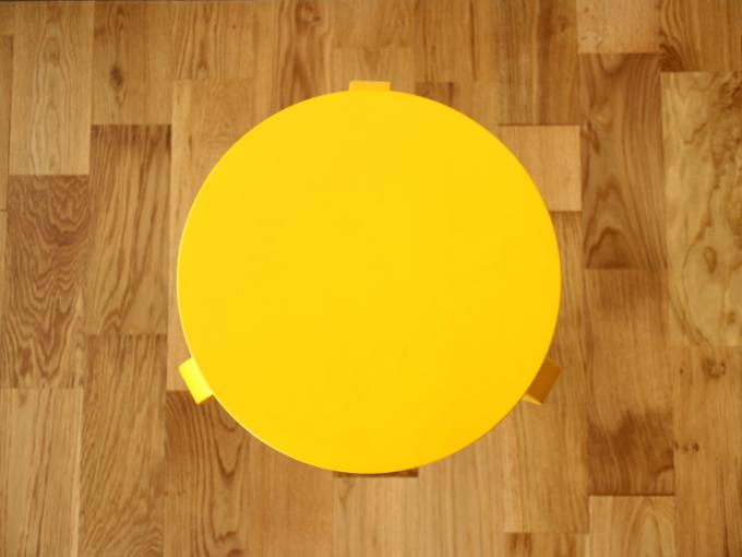 Artek-Stool60-Yellow04.jpg
