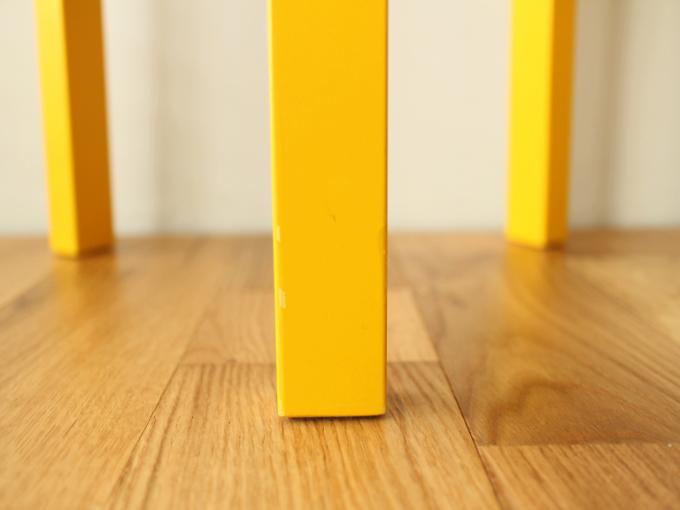 Artek-Stool60-Yellow08.jpg