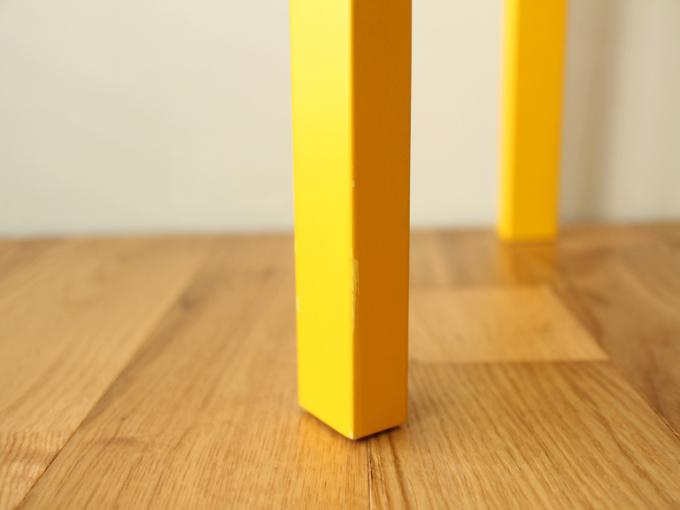 Artek-Stool60-Yellow09.jpg