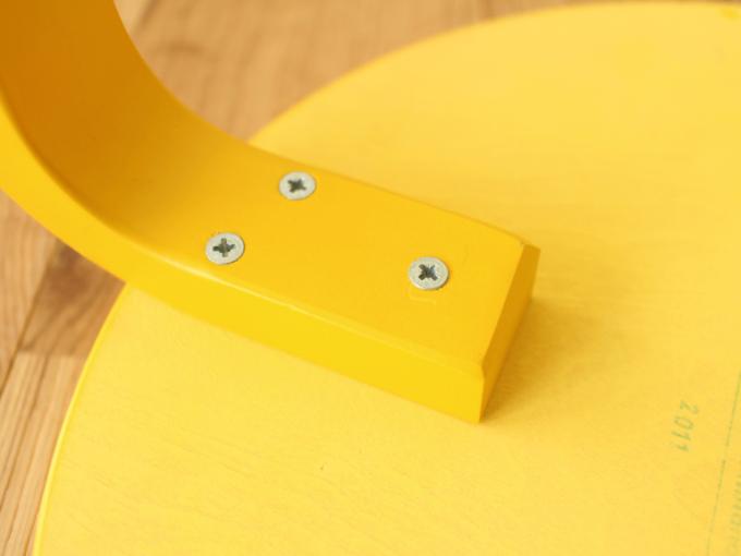 Artek-Stool60-Yellow10.jpg