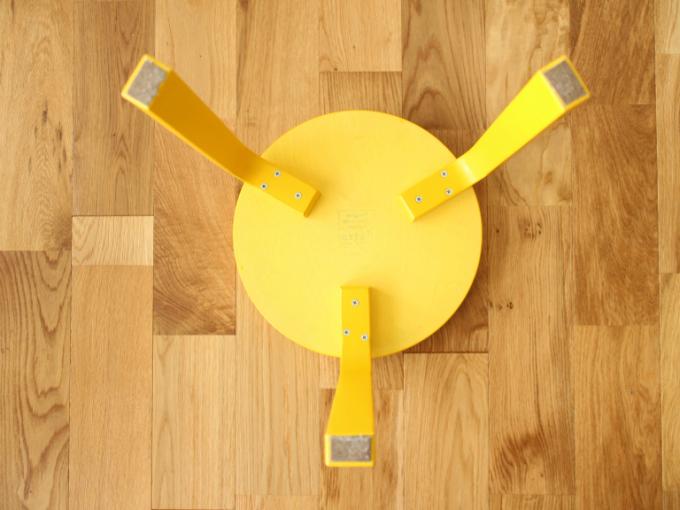 Artek-Stool60-Yellow11.jpg