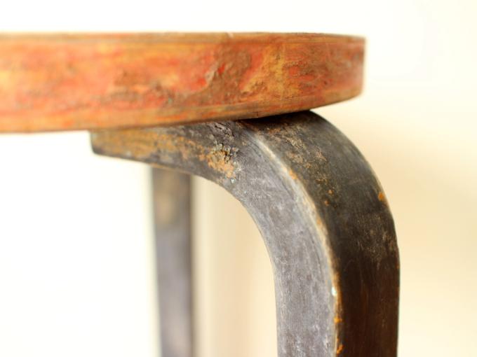 Artek-Stool60-repaint-30s04.jpg