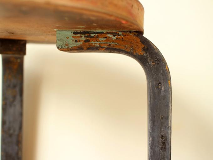 Artek-Stool60-repaint-30s07.jpg