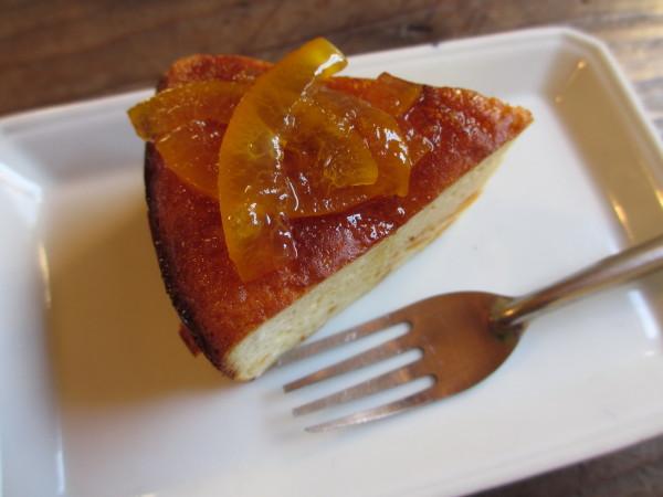 クロモジケーキ.JPG