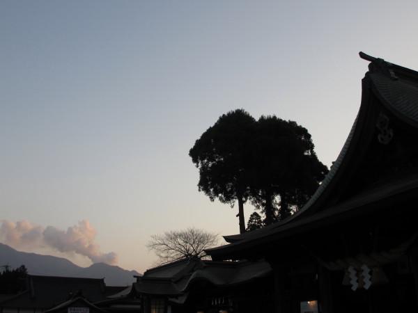 火振り神事2015阿蘇神社.JPG