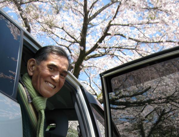お父さんと桜.jpg