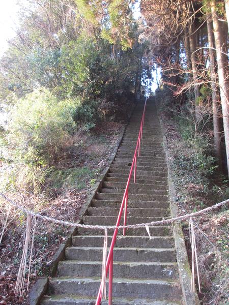 神尾神社階段600.jpg