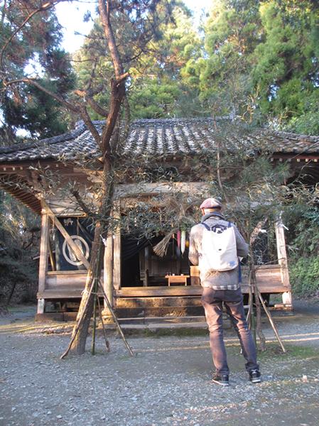 神尾神社拝殿600.jpg