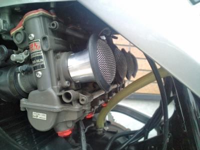 F1000092.jpg