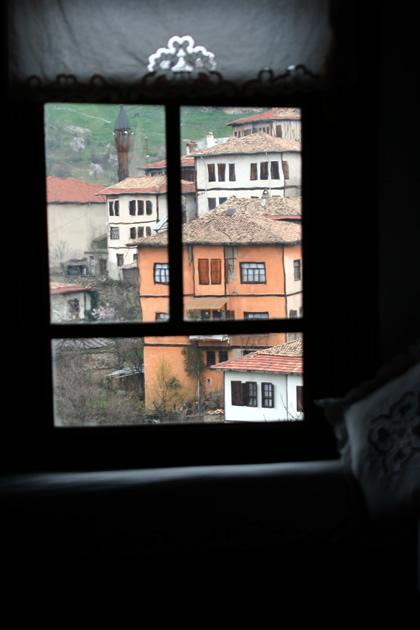 20060326_window
