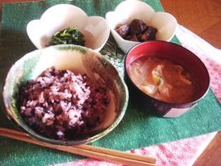 黒米の食卓