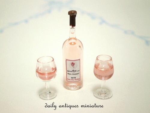 ミニチュアワイン