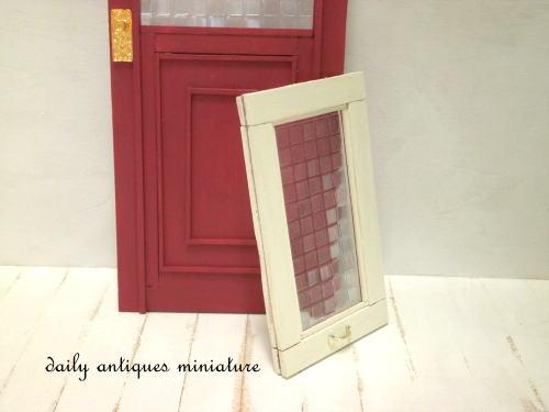 ミニチュア窓