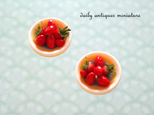 ミニチュア苺