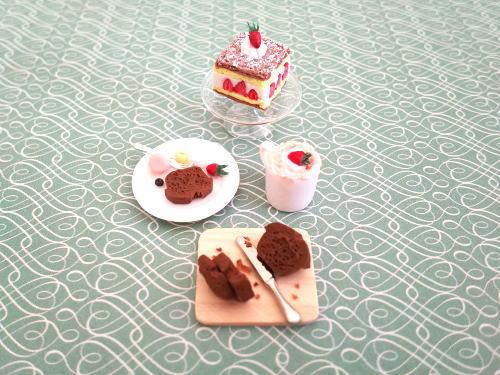 ミニチュアケーキ