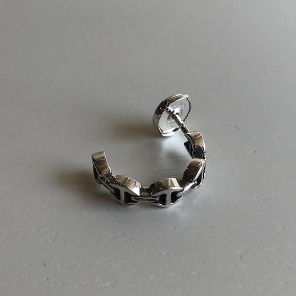hoorsenbuhs pierce3.jpg