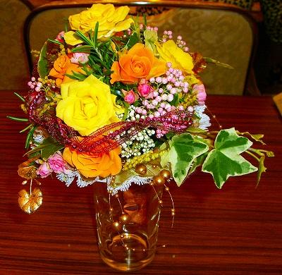 のんちゃんが製作したクラシカルで愛らしい花束