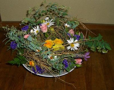 ドームの生花のアレンジメント