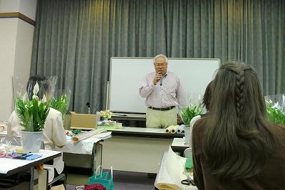サンメッセ香川にて実践フラワーラッピングの講習会へ