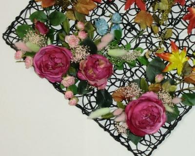 秋色の壁飾り(造花)