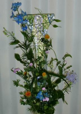 花ファッショントレンド2013「異素材の融合」の生花アレンジメント
