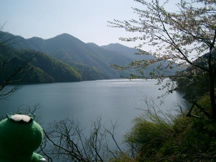 湖.jpg