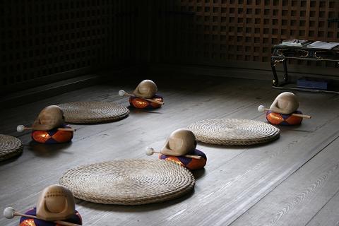 御廟 木魚