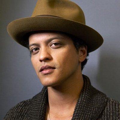 Bruno Mars(ブルーノ・マーズ)の洋楽歌詞和訳カタカナまとめ一覧