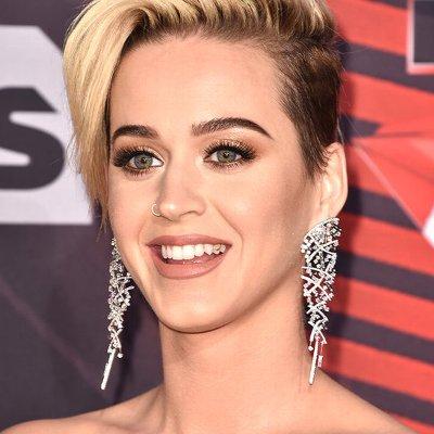 Katy Perry(ケイティ・ペリー)の洋楽歌詞和訳カタカナまとめ一覧
