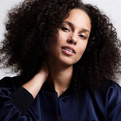 Alicia Keys(アリシア・キーズ)の洋楽歌詞和訳カタカナまとめ一覧