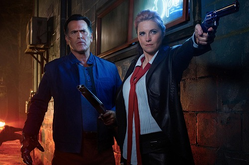 160801-news-ash-vs-evil-dead-bruce-campbell-lucy-lawless.jpg