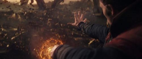 avengers-infinitywar-trailerbreakdown-strange-magic-titan-700x290.jpg