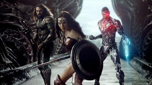 Justice-League-Wonder-Woman-Aquaman-Cyborg-600x338-2.jpg