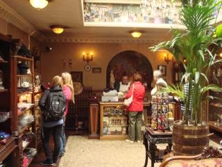 イギリス出張[其の7]Sherlock Holmes Museum(シャーロック・ホームズ博物館)は、名探偵 Sherlock Holmes(シャーロック・ホームズ)のファンには、生唾の観光スポットだ。