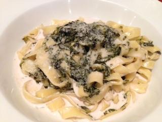 『IL Piatto Hatada(イル ピアット ハタダ)』は、日本の素材を活かしたイタリアンで、素材本来の味が生かされていて、非常に旨い。様々な美しい野菜に現代の技術を取り入れ、それぞれの素材に応じて、一つ一つ丁寧に調理してあるが、安価なのが嬉しい。