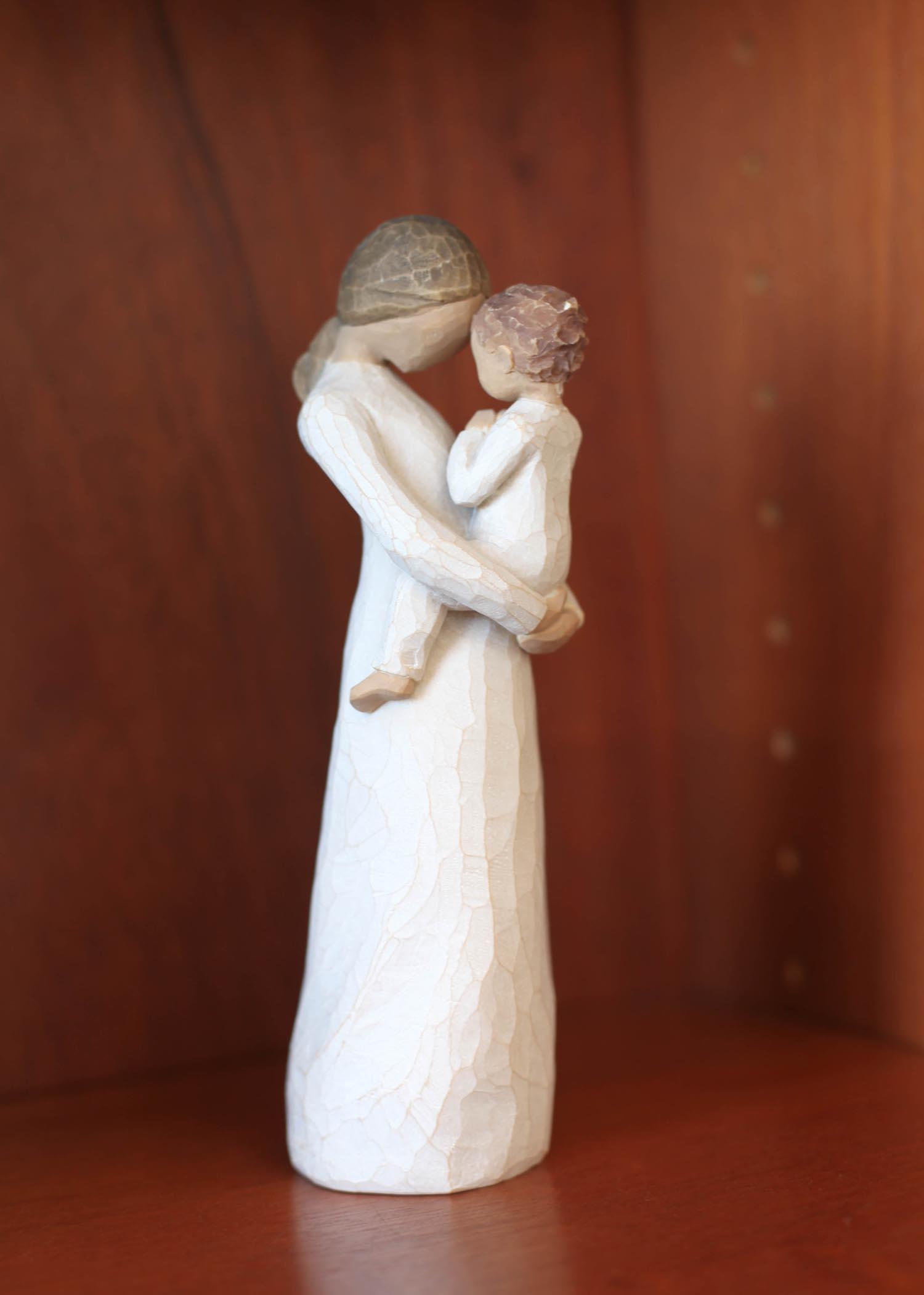 ウィロウツリー聖母子像