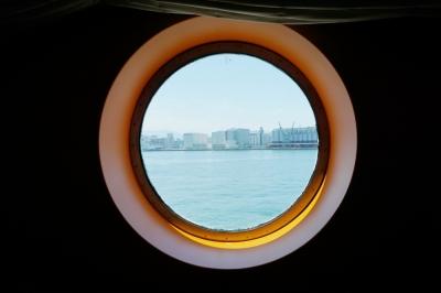 コスタビクトリア丸窓