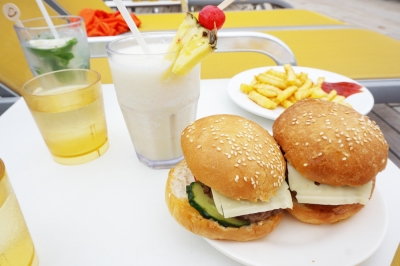 コスタビクトリアハンバーガー