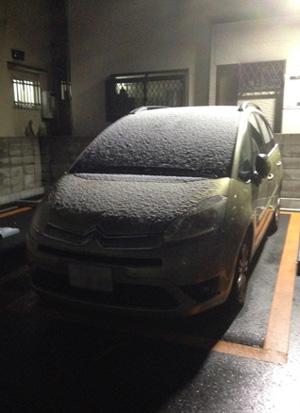 C4ピカソ 仏車 雪の日