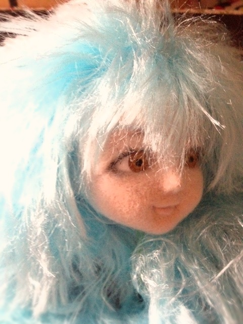 doll_bluehair3.JPG