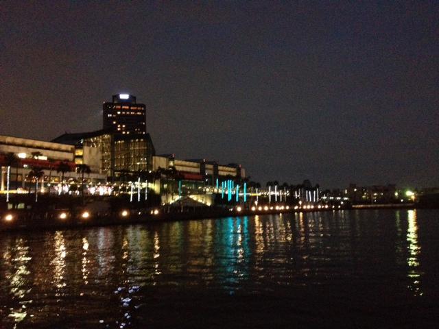 大阪港 コスモスクエア トレードセンター