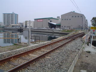 運河を見ながら
