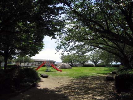 小さい頃よく遊んだ近所の公園