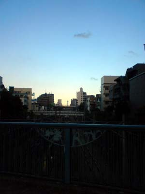 池袋から見た東京スカイツリー