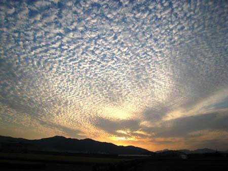 2007.10.23 17:00 佐賀県杵島郡大町町より西の空を望む