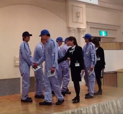 石川さん握手
